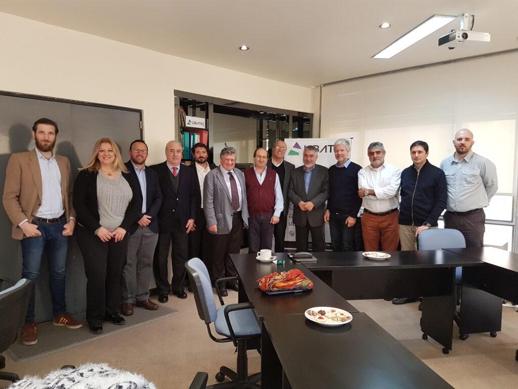 Encuentro con Prof. Chiapponi de Universidad IUAV. Se evalúan programas en salud y diseño industrial