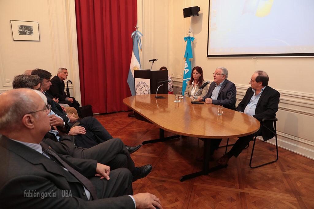 Presentación plataforma de genómica y mejoramiento de la UBA. Alberto Barbieri y Lorenzo Basso